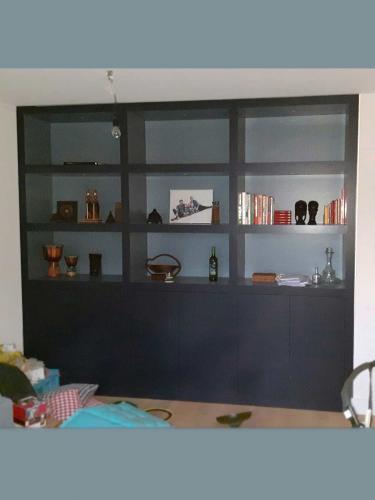 residentieel opslagkast wandkast / Dennis Janssen schilderwerken Rosmalen